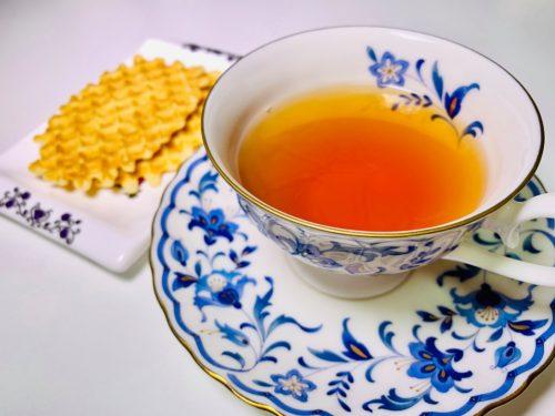 紅茶に合うジュールス・デストルーパーのバターワッフル