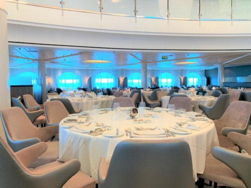 クルーズ船「セレブリティミレニアム」の食事・メインダイニング「コスモポリタン」