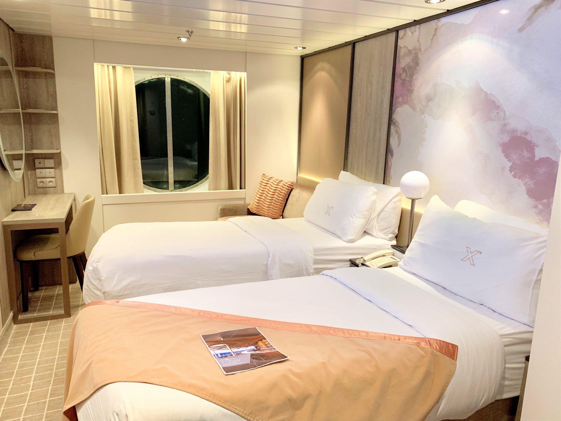 クルーズ船セレブリティミレニアムの客室「海側スタンダード」